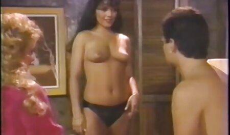 चेक किशोर एंगेला क्रिस्टिन और निकी सेक्स फिल्म मूवी स्वीट थ्रीसम