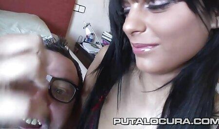 गर्म गर्म और सेक्सी हिंदी मूवी वीडियो उसके छोटे प्रेमी 180