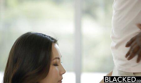 जापानी बिकनी सेक्सी हिंदी वीडियो फुल मूवी सौंदर्य पुसी सड़क पर