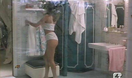 परिपक्व कुतिया उसके मुर्गा चूसने के कौशल को काले स्टड को सेक्सी फिल्म मूवी में दिखाता है