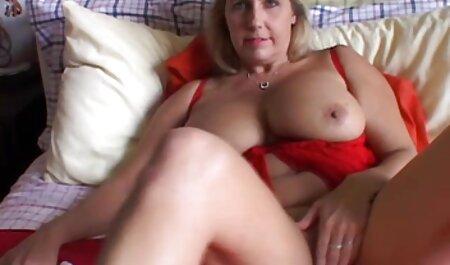 पेटिट स्लट उसके गले लग जाता हिंदी मूवी फुल सेक्सी मूवी है