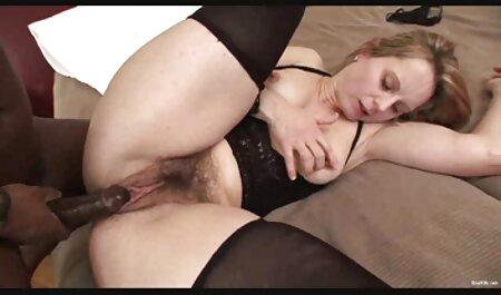 श्यामला एक शो सेक्सी फुल मूवी वीडियो में डालती है