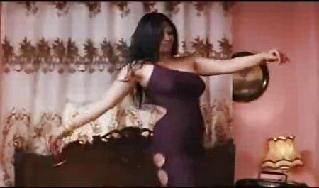 समलैंगिक पैर की पूजा फुल सेक्सी हिंदी मूवी - 016