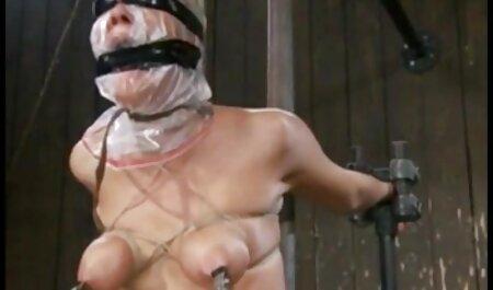 एक लंबे क्रूर dildo के साथ सेक्सी सेक्सी फुल मूवी हिंदी वीडियो बेब