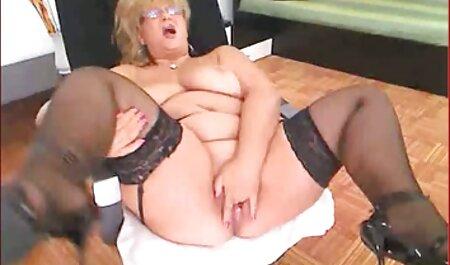 मेरे कदम की नक्काशी करना फुल मूवी वीडियो में सेक्सी
