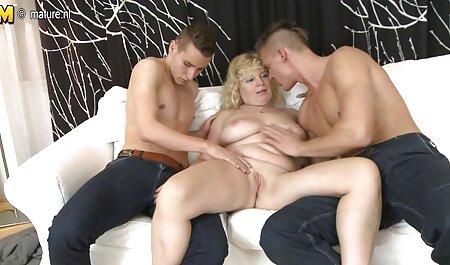 बड़े स्तन हिंदी सेक्सी मूवी पिक्चर १३