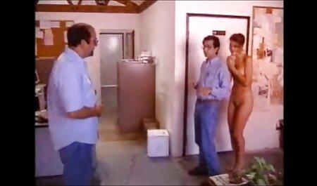 मेरी फुल सेक्सी वीडियो फिल्म पत्नी की चूत एक संभोग सुख बन जाती है