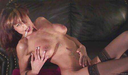 विंटेज शौकिया dildo फुल हद सेक्सी मूवी के साथ हस्तमैथुन करता है