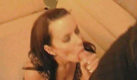 मालकिन नताशा स्वीट ने अपने सेक्सी पिक्चर हिंदी फुल मूवी असहाय बंदी दास के साथ मज़े किए