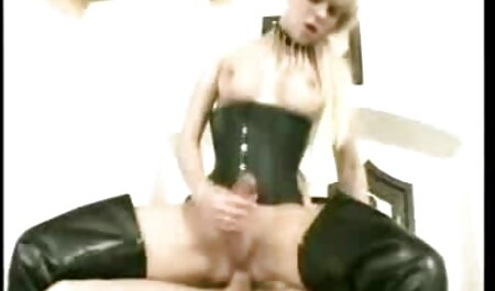 बेडरूम पर सेक्सी हिंदी पिक्चर मूवी पतली लड़की